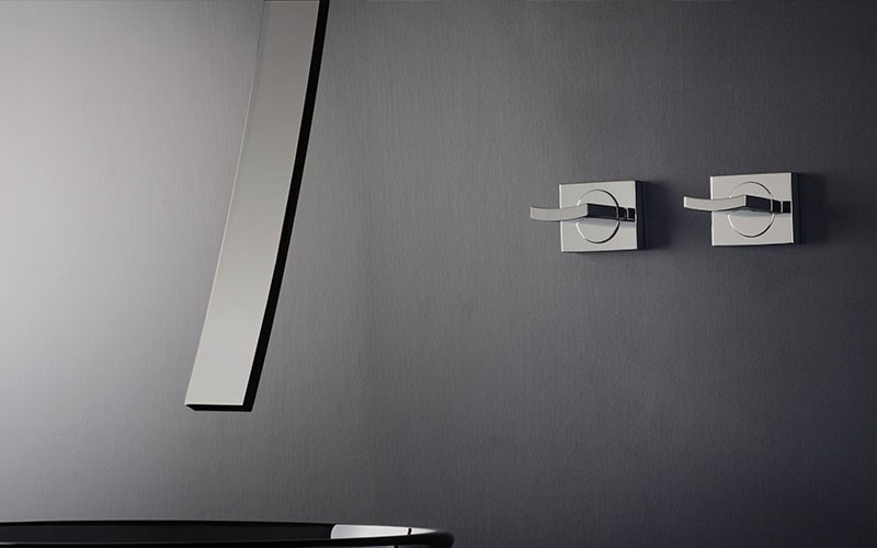 GRAFF Luna Faucets in Black and White l Inside Track