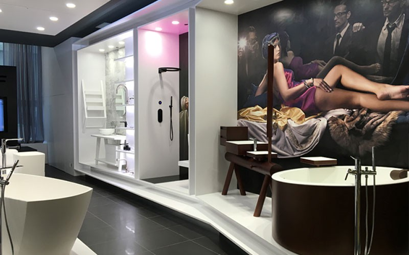 Graff opens first us showroom at luxehome l kitchen bath for Bathroom showroom chicago