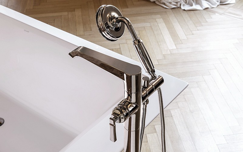 Finezza floor mounted Bathtub filler_PN