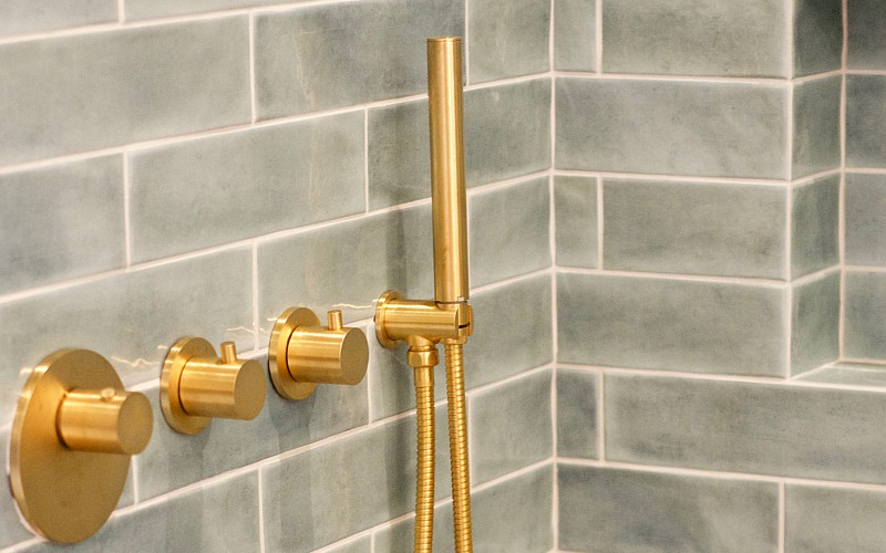 GRAFF presents the new 24K Brushed Gold Finish